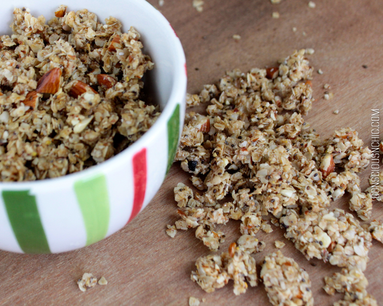 Easy_Honey_Almond_Granola